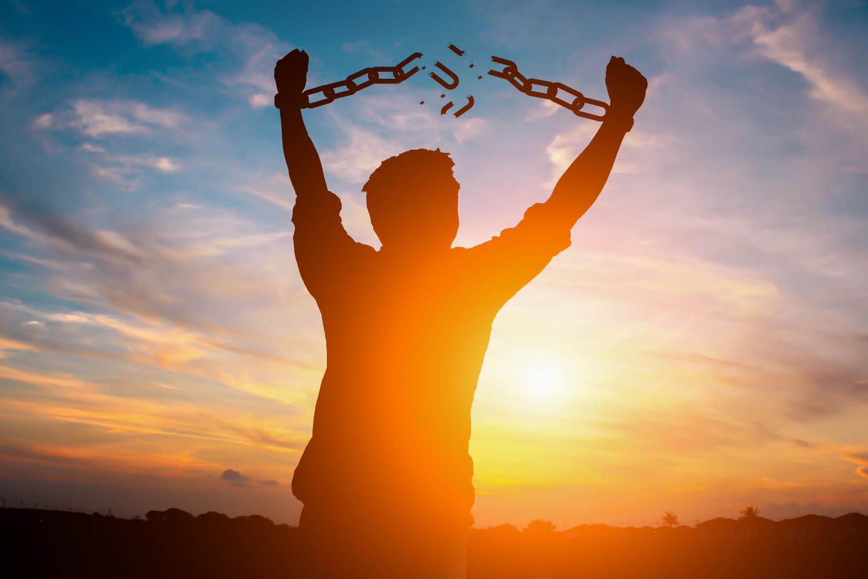 Zerbrich die mentalen und emotionalen Ketten, die dich gefangen halten