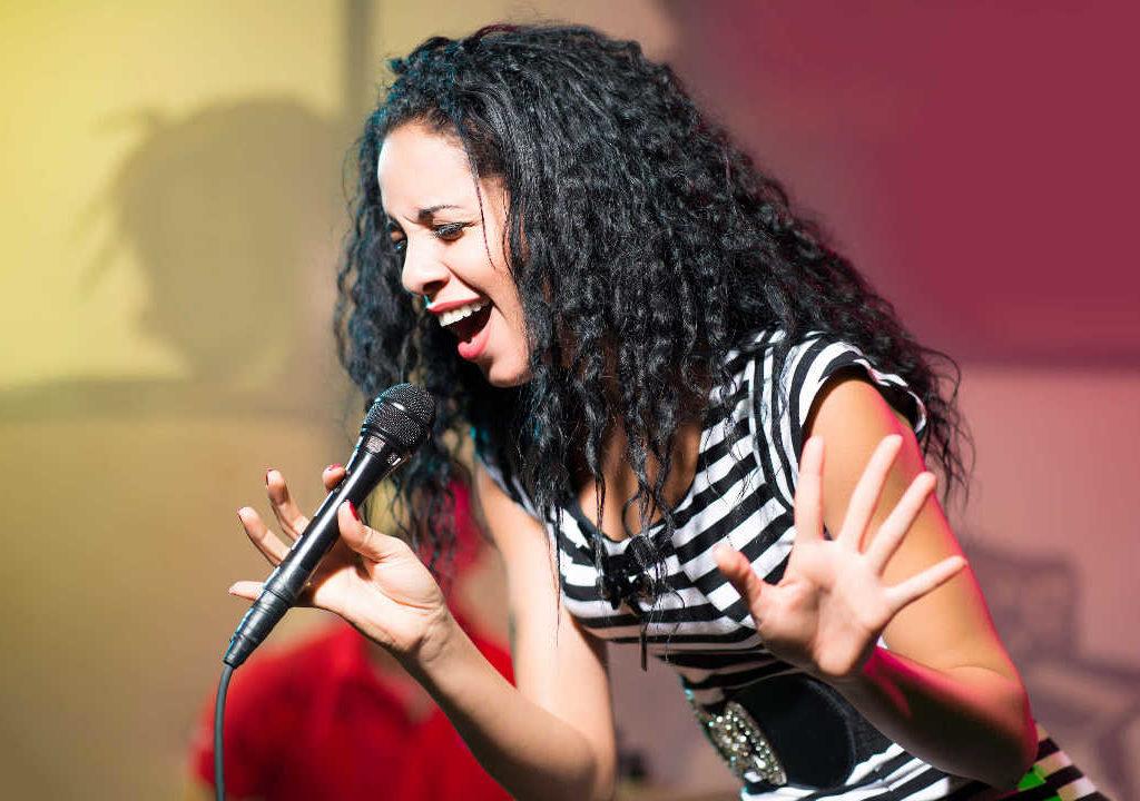 Sängerin äußert authentisch Emotionen